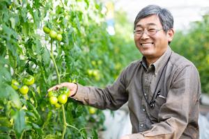 「俺は、やっぱり百姓のせがれ」。フルーツトマトにかけた夢。/小野寺吉生さん